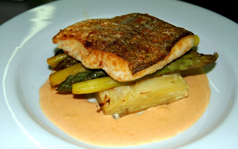 Hake with Asparagus